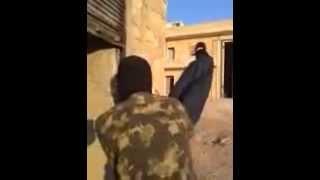 Download Video Rebelde brinca com a morte zoando Sniper Sírio.  Rachei de rir!!! MP3 3GP MP4