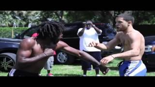 Nice Street Fight... Kick-boxer vs Boxer