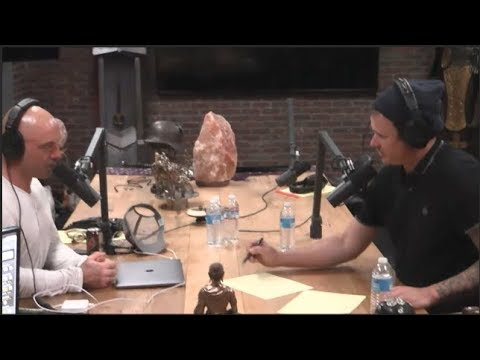 Joe Rogan Asks Tom Delonge  About the Alien Technology He's Seen