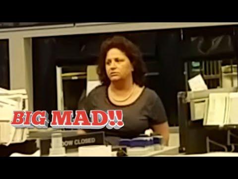 Postal Supervisor Loses It & Causes A Disturbance #1AAudit Ft Myers USPS + Bonus Footage