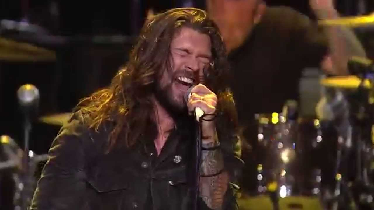 Apmas 2015 Taking Back Sunday Perform Better Homes And