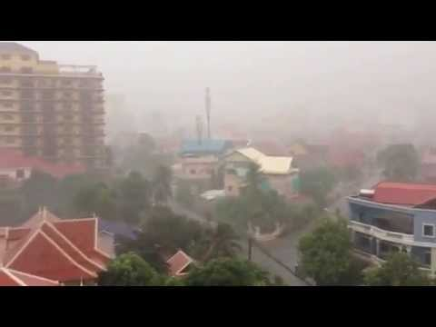 Heavy rain in Phnom Penh | video view from rooftop Skybar | ISL modern Apartment & Hotel