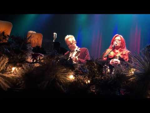 "Wynonna Judd ""Beautiful Star of Bethlehem"" A Wynonna and the Big Noise Christmas"""