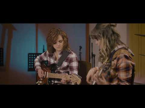 Die Ventertjies - Country Medley (I Recall A Gypsy Woman | Amanda | Some Broken Hearts Never Mend)