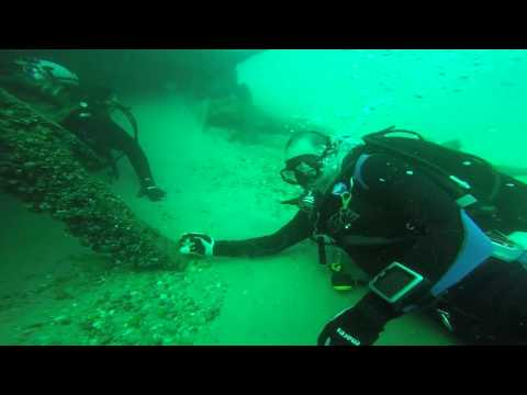 Diving the Sarnia river wrecks (real time)