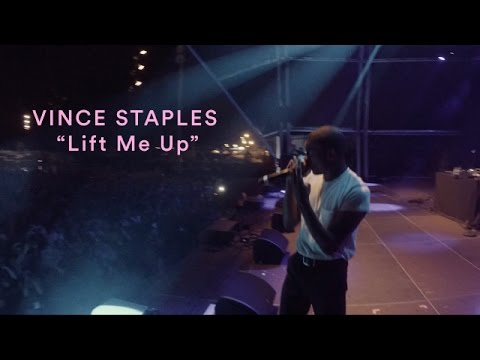 "Vince Staples performs ""Lift Me Up"" at Primavera Sound Festival 2016 