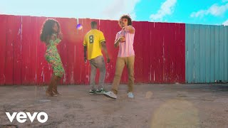 Play Devorame (feat. Amara La Negra)