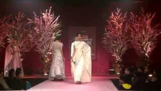 Manish Malhotra Fashion Show - Filmfare Awards 2015 Nomination Ceremony Featuring Anmol Jewellery.