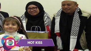 Opick dan Melly Goeslaw Tunjukkan Kepedulian Terhadap Warga Palestina - Hot Kiss