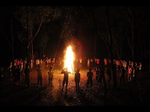 Đêm đốt lửa trại tại trường Phan Bội Châu- Cam Ranh (1)
