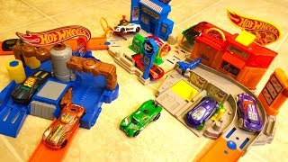 Hot Wheels Tri City Playset with Clean Ride Car Wash Poppin