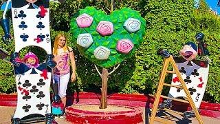 ДИСНЕЙЛЕНД ПАРИЖ #2 лабиринт Алиса в стране чудес Видео для детей Disneyland Лабиринт Kids euro show(Вконтакте Настюшик https://vk.com/nastushik_ua Страница Фейсбук https://www.facebook.com/nastushik.youtube/ Наш каналhttp://goo.gl/I8Pyrz ..., 2016-10-27T03:00:01.000Z)