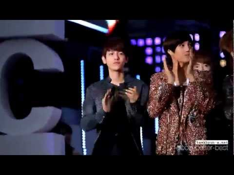 Baekhyun and Kai clapping hands ☆ミ [KBS Music Bank Special in Jeonju]