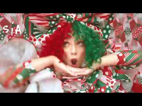 SIA - Everyday Is Christmas - joulualbumi nyt julkaistu!