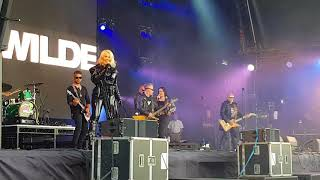 Let's Rock North East   Kim Wilde   Never trust a stranger