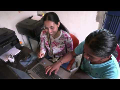 Jóvenes indígenas cumplen sus sueños gracias a los Kioscos  Vive Digital- N2 C 33 #ViveDigitalTV