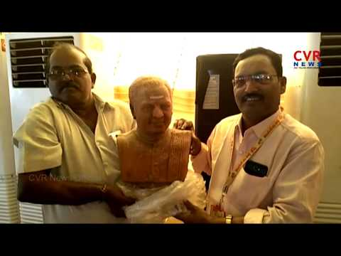 NTR Statue Make with Jaggery | NTR Fan Kamadenuvu Prasad | CVR NEWS