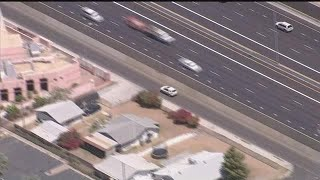 Phoenix police chase #3 - Suspect goes wrong way on frontage road