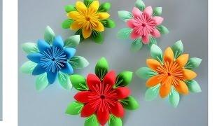 Blumen aus Papier / Notizzettel. Origami / DIY