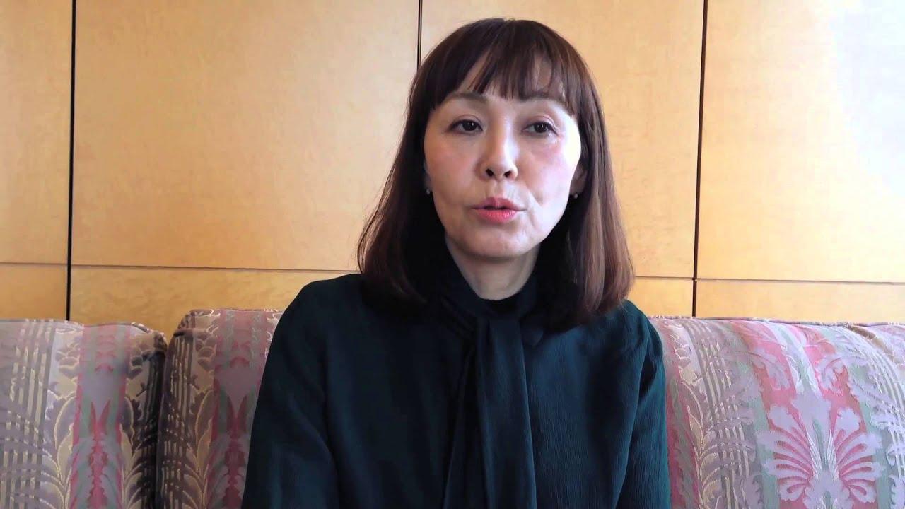 朝井まかてインタビュー『恋歌』を語る - YouTube