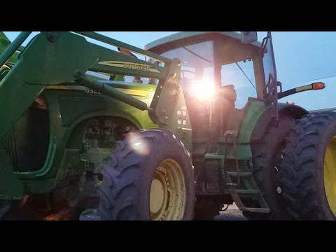 John Deere 8320 Going to drag out the John Deere 7930 and Myers spreader 4960 is a back up plan