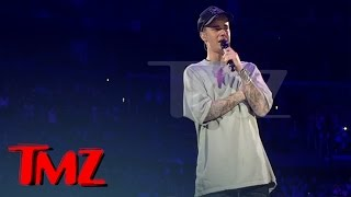 Justin Bieber Crying On Stage After Emotional Performance