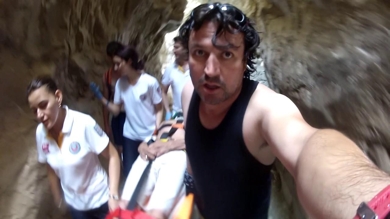 Saklıkent Kanyonu'nda Şelaleden Düşen Tatilciyi UMKE ve AKUT Kurtardı