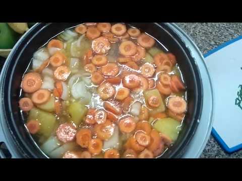 Тушеная курица с картошкой,морковью,луком. Домашний петух,полезная домашняя еда.
