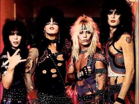 Клип Mötley Crüe - Sinners & Saints