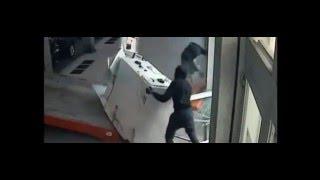 Как украсть банкомат? Негр украл банкомат фильм