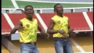 Repeat youtube video Marquez nous les buts - Ako et Georges Tonisco