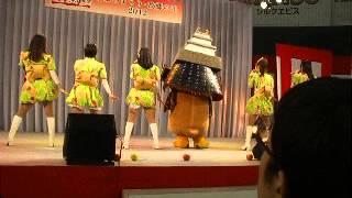 2012-01-09 ふるさと祭りでりんご娘とたか丸くんが「だびょん」する!