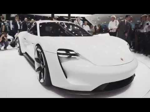 Porsche at the IAA 2015: Design of the Concept Study Mission E