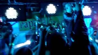LARRY HERNANDEZ EN EL PAPAGALLOS 3_20_2011
