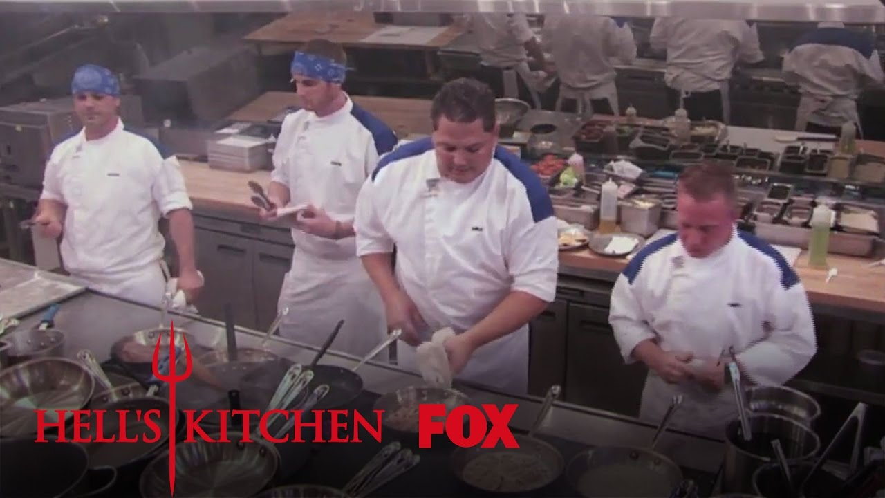 Ralph 39 s non existent crab cakes season 12 ep 4 hell 39 s for Hell s kitchen season 12 episode 1