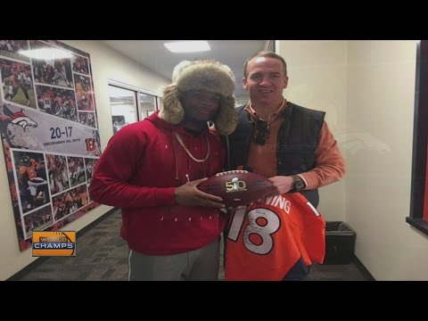 Bennie Fowler gives Peyton Manning his