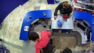 Мошенница в автомагазине или исчезающая 1000 рублей.(, 2017-04-04T13:24:29.000Z)