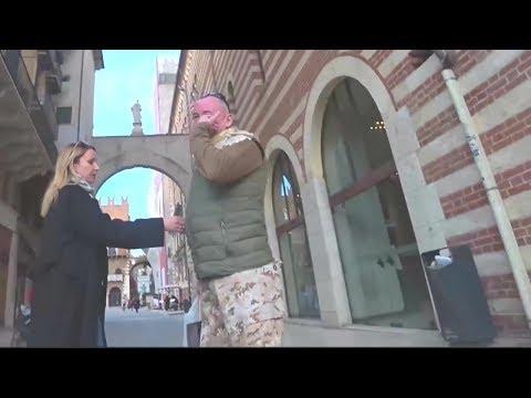 Видео,как Валерий Ананьев