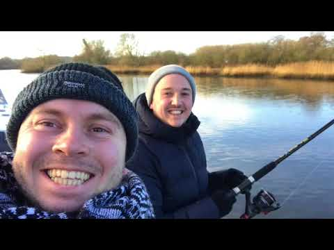Download Norfolk Broads Boating Dazzling & Royale Light Mp4 baru