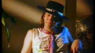 Stevie Ray Vaughan - Texas Flood & Pride And Joy - live in Auckland 1984
