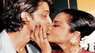 सरेआम kiss करके इन bollywood stars ने मचाया हंगामा हो गयी controversy