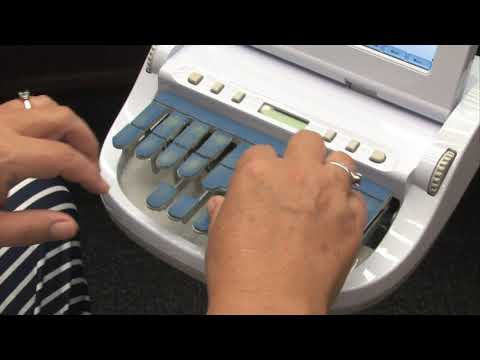 Video: How A Court Reporter Uses A Stenotype Machine