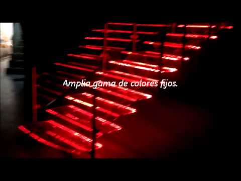 Escalera de vidrio iluminada con base en tecnolog a led youtube - Escaleras con led ...