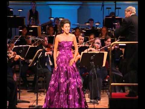 Lucia Aliberti - Ah! Non giunge uman pensiero - La Sonnambula - V. Bellini - Semperoper Dresden