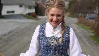 Pica Pica - Bunad - tradycyjny strój norweski