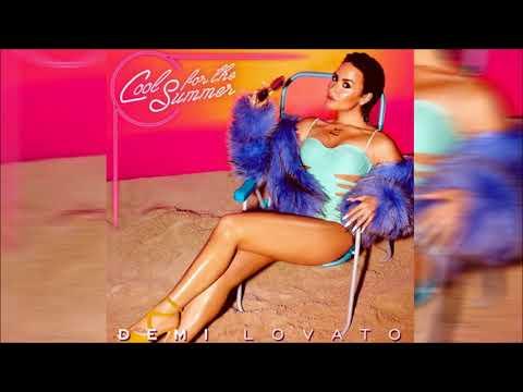 Demi Lovato - Cool For The Summer (Lyrics)