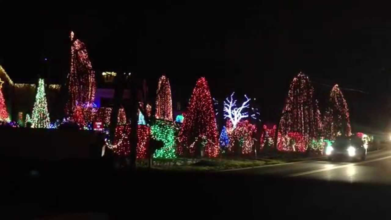 christmas light show santa claus is back in town by elvis presley