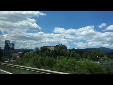 Road trip and vineyards in South Austria with Sussi and Tobias