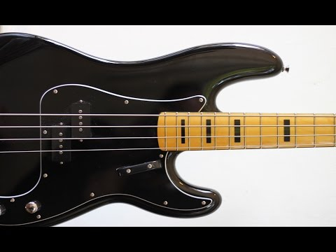 Download Youtube: Funk Bass Backing Track (B)