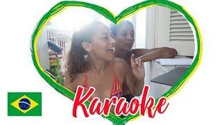 🤣 Dois GRINGA tentam CANTAR em português (DESCULPE por isso) 🤣